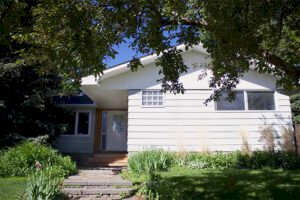 The-Urban-Painter-Calgary-Exterior-House-Painting-Before-1