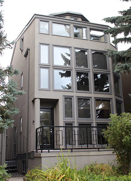 The-Urban-Painter-Calgary-Exterior-Painting-Tall-Brown-House