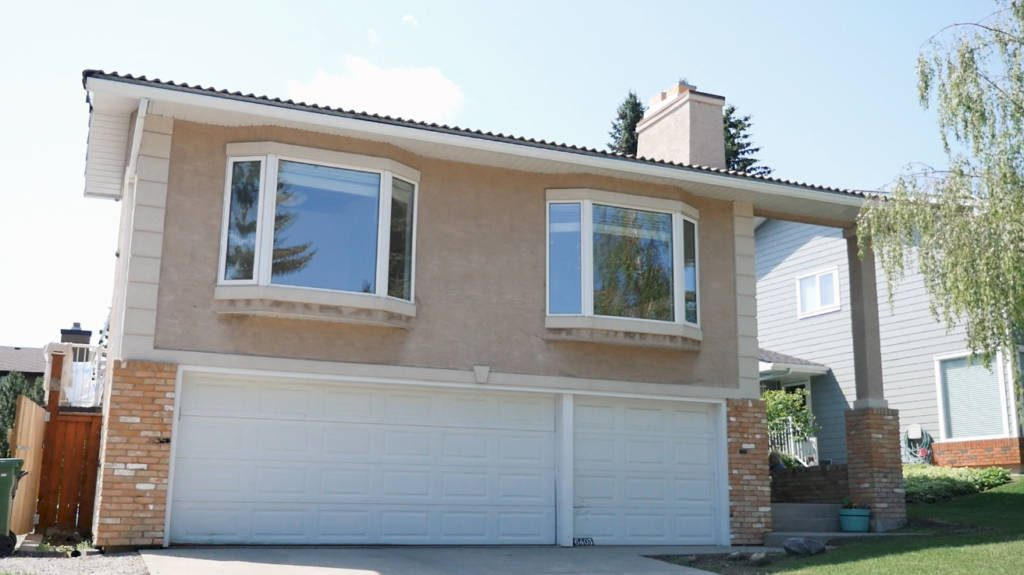 The-Urban-Painter-Calgary-Exterior-Stucco-Painting-Before-2